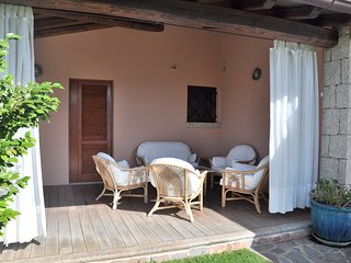 San Teodoro Villa Sleeps 8 with Pool and WiFi - 5248005