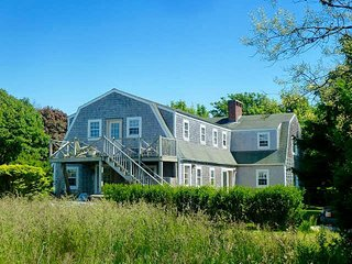 11 Clifton Street, Nantucket, MA
