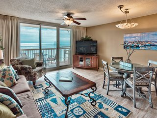 Pelican Upgraded 11th flr 1 bedroom -on the beach-