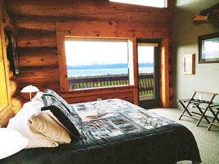 Wisdom - Bed & Breakfast room over looking Kachemak Bay and the Kenai Mountains