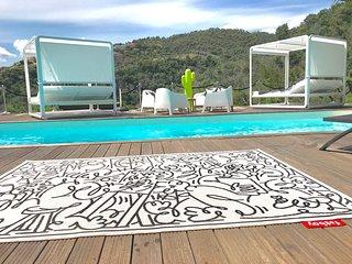 Villa Cannes 8 personnes 4 chambres 4 salles de bain Daybeds Piscine