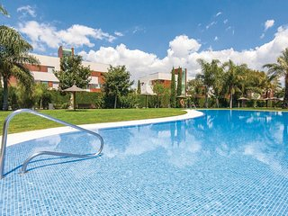 Awesome apartment in Puerto de Santa Maria w/ Indoor swimming pool, Heated swimm