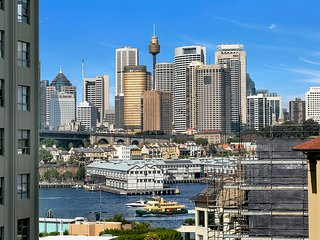 PNT42 - Breathtaking Views in Mcmahons Point