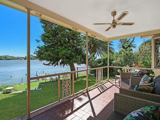 The Lake House Yarrawonga