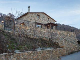 LA NOI - STONE HOUSE