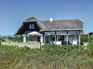 Amazing home in Ringkøbing w/ WiFi and 4 Bedrooms