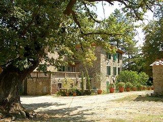 Il Prato Villa Sleeps 22 with Pool and WiFi - 5247610