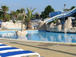 Mobil-Home Camping 5* piscine a 500 m de la mer