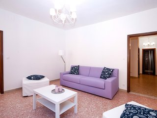 Venice Apartment Sleeps 8 with Air Con and WiFi - 5248529