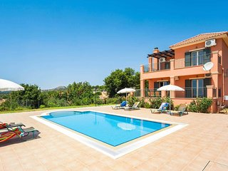 3 bedroom Villa with Pool, Air Con and WiFi - 5707611