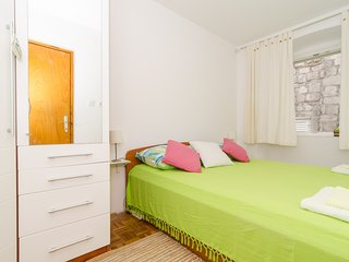 Apartments Mila - Comfort Duplex One Bedroom Apartment with City View