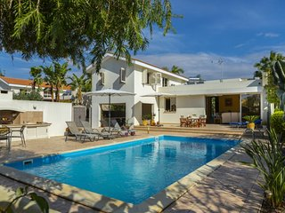 The Secret to Enjoying Your 5 Star Villa close to the Beach near Larnaca, Villa