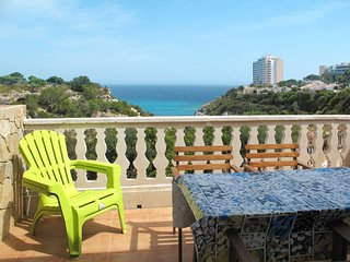 1 bedroom Villa with Air Con and Walk to Beach & Shops - 5796998