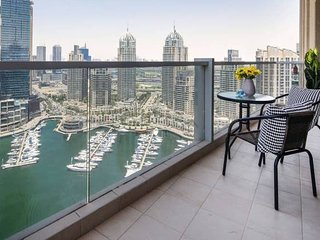 Enthralling Marina Views in this Elegant 3BR!