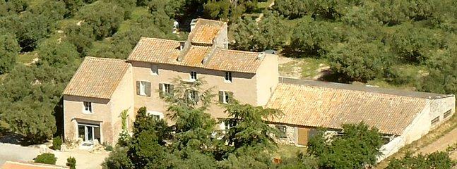 Le vieux mas - D10 13680 Lançon-Provence