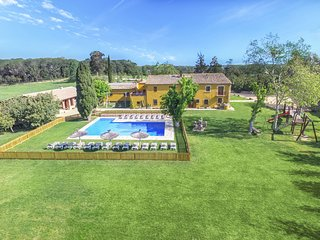 Magnificent villa- 15 bedrms- XXL Pool -Panoramic view - Costa brava & Barcelona