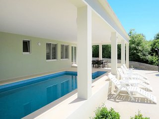 3 bedroom Villa with Pool, Air Con and WiFi - 5797155