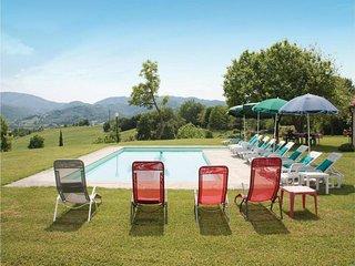 Borgo San Lorenzo Villa Sleeps 10 with Pool Air Con and WiFi - 5247627