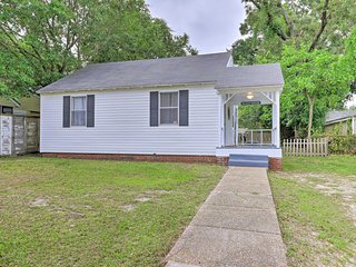 Gulfport Home w/ Deck & Grill, Walk to Beach!