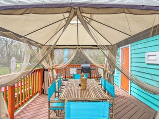 Middle Bass Resort Villa w/ Grill + Deck!