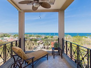 Matapalo 501- 3 Bedroom Ocean view Luxury Condo at the Diria Resort