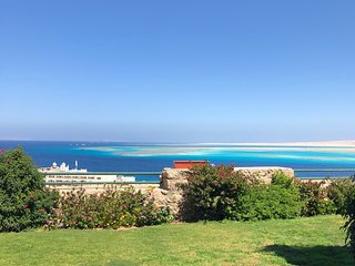 Hurghada  Best Sea View  Flat with Pools & Beach