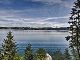 NEW! Hillside Home w/Dock, 10 Min to Coeur d'Alene