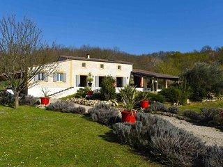 Charming house  a 5 minutes de Saint Emilion