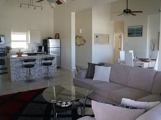 Stunning Views - Luxury 2BD Condo near Marriott