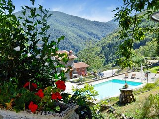 Borgo Mulino,unique setting, private pool,  mountain views WIFI, walk restaurant