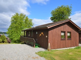 Dolphin Run Lodge, quiet location, newly refurbished, pet friendly