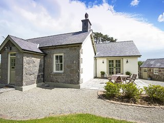 TEGFRYN COTTAGE, 3 Bedroom(s), Marianglas