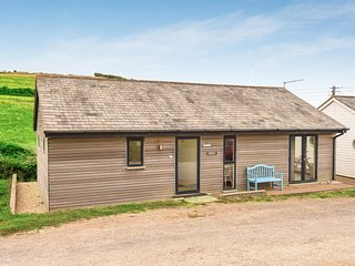 Modern 2 Bedroom Beach Chalet in Eype, near Bridport, Dorset
