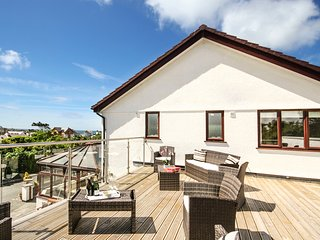 THE GABLES, 5 Bedroom(s), Pet Friendly, Trearddur Bay