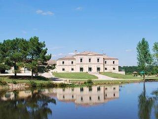 DOMAINE DE L'ÉMERAUDE. Magnifique propriété viticole proche de Saint-Emilion