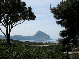 Villa Aileen in giardino subtropicale vicino alla spiaggia piu bella d'Italia