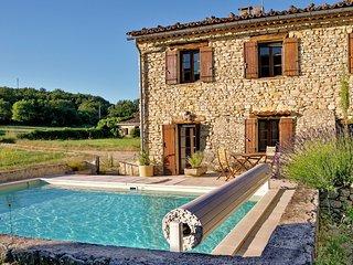 Bergerie renovee avec piscine chauffee dans le Luberon (Provence) au calme