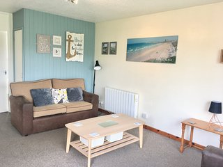 PERRANPORTH BUNGALOW - with access to indoor swimming pool,tennis,  play area 23