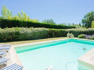 Maison piscine Chauffée campagne Eygalières