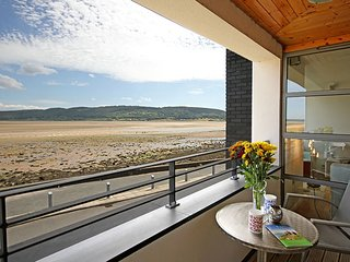 FOUR THE QUAY, 4 Bedroom(s), Pet Friendly, Red Wharf Bay