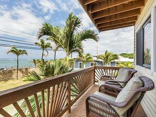 "New Dates Available! ""Pineapple House Cabana"" - Steps to Beach"
