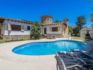 BEAUTIFUL REFURBISHED VILLA FALCO AT PERFECT LOCATION WITH PRIVATE POOL