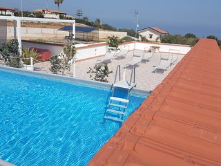 CASE COTTONE VISTA MARE E PISCINA