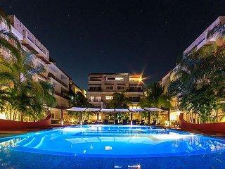 Luxury 3bdrms apartment Spacious Close to Mamita's beach + Free WIFI + Gym