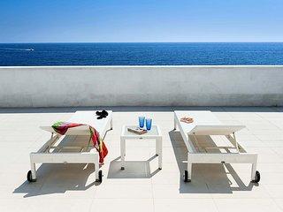 Portopalo di Capo Passero Villa Sleeps 10 with Pool Air Con and WiFi - 5252030