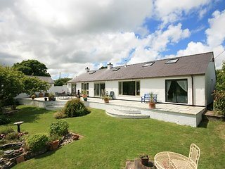 TY'N CAE RED WHARF BAY, 3 Bedroom(s), Pet Friendly, Red Wharf Bay