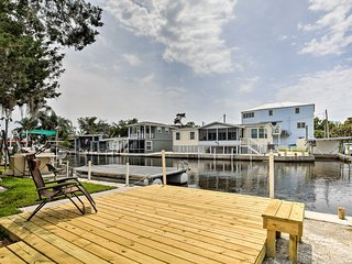 NEW! Homosassa Riverfront Home w/Boat Ramp+Docking