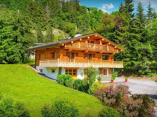 Fabulous chalet next to piste is the perfect holiday base - OVO Network