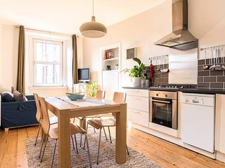 Lovely central Edinburgh apartment