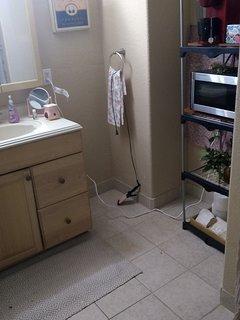 Studio basement apartment with kitchenette